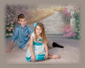 Children-Portrait-Brother & Sister-Photography